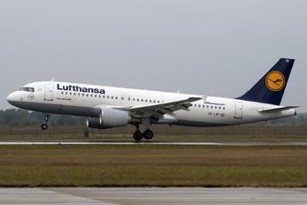 OE-LBY - Lufthansa Airbus A320