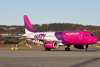 HA-LPL - Wizz Air Airbus A320