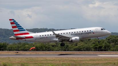 N402YX - American Eagle Embraer ERJ-175 (170-200)