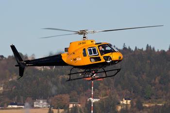 LN-OAU - Heliscan Eurocopter AS350 Ecureuil / Squirrel