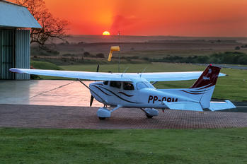 PP-OAM - Private Cessna 172 Skyhawk (all models except RG)