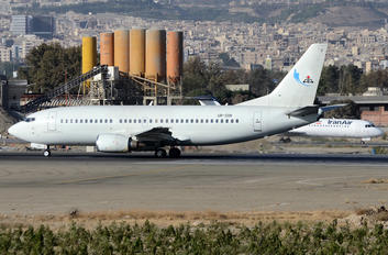 UR-COK - Naft Airlines Boeing 737-300