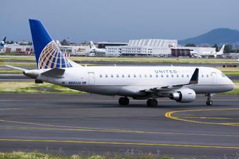 N88326 - United Express Embraer ERJ-175 (170-200)