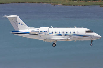 M-FRZN - Private Canadair CL-600 Challenger 605