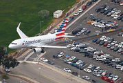 N9026C - American Airlines Airbus A319 aircraft