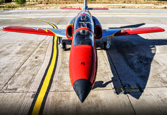 E.25-62 - Spain - Air Force : Patrulla Aguila Casa C-101EB Aviojet