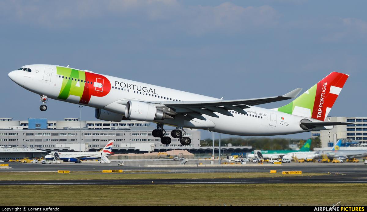 TAP Portugal CS-TOP aircraft at Vienna - Schwechat