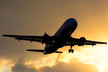 XA-ALM - Interjet Airbus A320