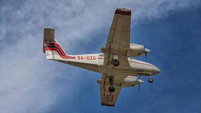 9A-DZG - Fakultet Prometnih Znanosti Piper PA-44 Seminole