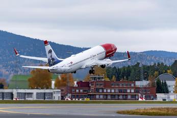 LN-NII - Norwegian Air Shuttle Boeing 737-800