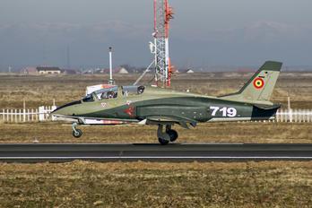 719 - Romania - Air Force IAR Industria Aeronautică Română IAR 99 Şoim