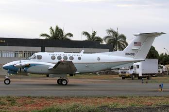 30496 - USA - Air Force Beechcraft C-12 Huron