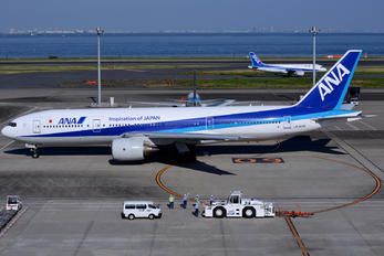 JA707A - ANA - All Nippon Airways Boeing 777-200ER