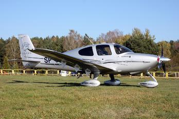 SP-OON - Private Cirrus SR22