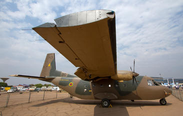 810 - Zimbabwe - Air Force Casa C-212 Aviocar