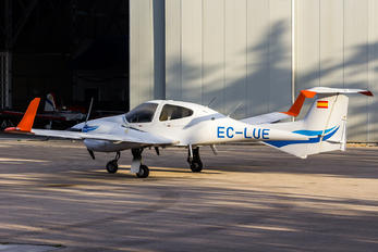 EC-LUE - Private Diamond DA42