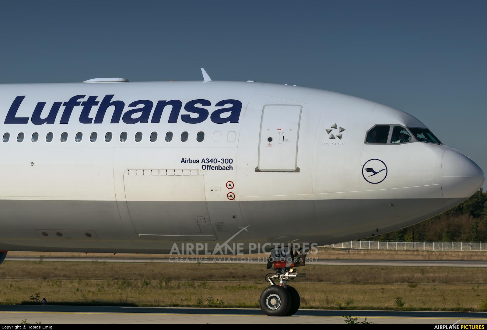 Lufthansa D-AIGO aircraft at Frankfurt