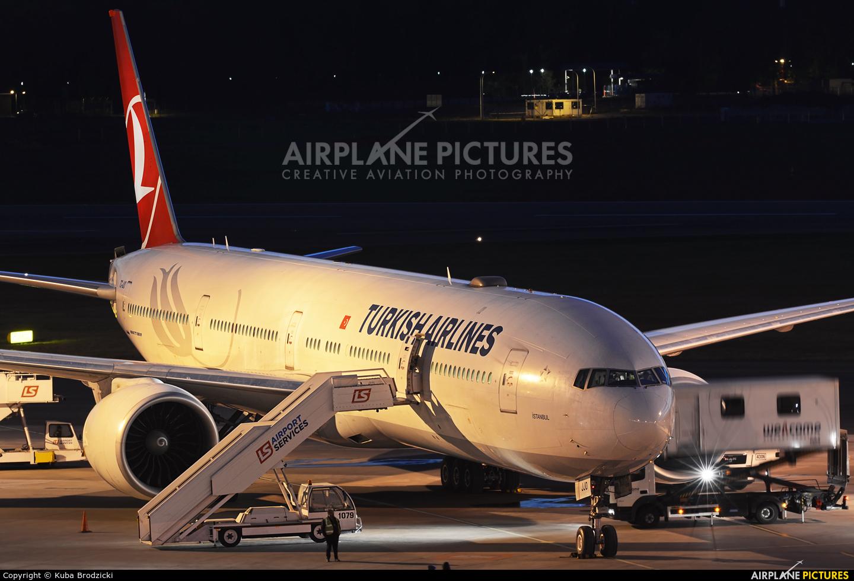Turkish Airlines TC-JJO aircraft at Warsaw - Frederic Chopin