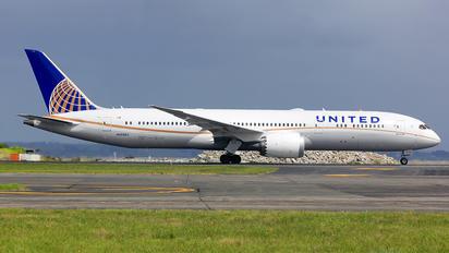 N36962 - United Airlines Boeing 787-9 Dreamliner