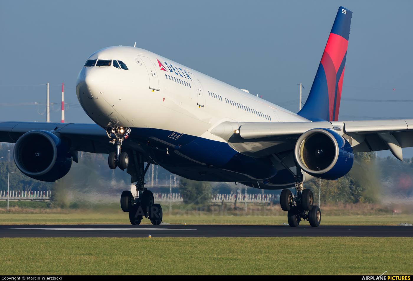 Delta Air Lines N858NW aircraft at Amsterdam - Schiphol