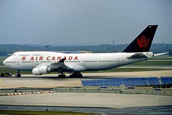 C-GAGN - Air Canada Boeing 747-400