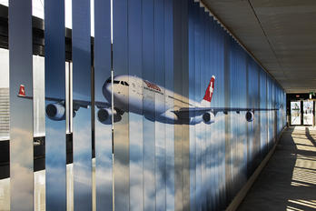ZRH - - Airport Overview - Airport Overview - Terminal Building