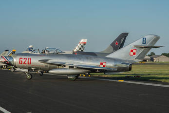 N5683D - Private Mikoyan-Gurevich MiG-17PF