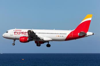 EC-JFH - Iberia Express Airbus A320