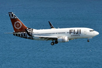 DQ-FJF - Fiji Airways Boeing 737-700