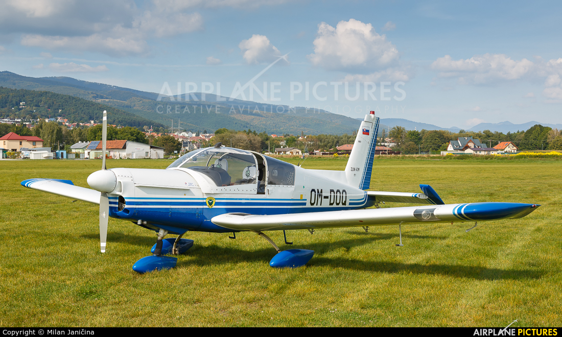 Aeroklub Žilina OM-DOQ aircraft at Prievidza