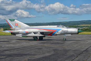 7801 - Slovakia -  Air Force Mikoyan-Gurevich MiG-21MF