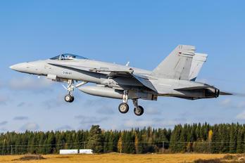 HN-417 - Finland - Air Force McDonnell Douglas F-18C Hornet