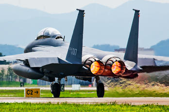 02-017 - South Korea - Air Force Boeing F-15K Slam Eagle