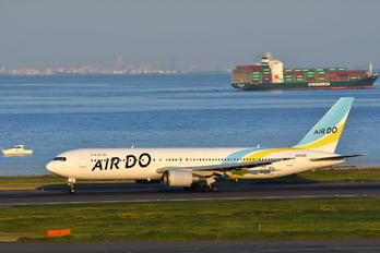 JA98AD - Air Do - Hokkaido International Airlines Boeing 767-300ER