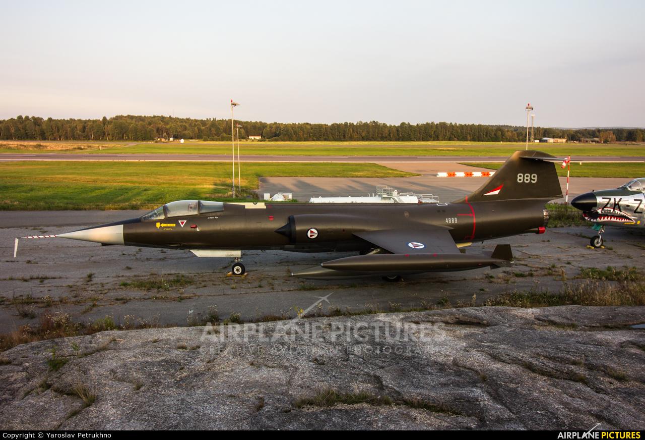 Norway - Royal Norwegian Air Force 889 aircraft at Sandefjord - Torp