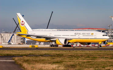 V8-BLD - Royal Brunei Airlines Boeing 777-200ER