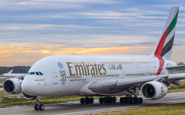 A6-EDN - Emirates Airlines Airbus A380