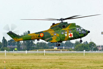 75 - Romania - Air Force Aerospatiale AS332 Super Puma L (and later models)