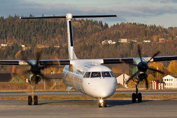 LN-RDZ - Widerøe de Havilland Canada DHC-8-400Q / Bombardier Q400