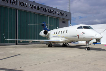 TC-SPL - Private Bombardier BD-100 Challenger 300 series