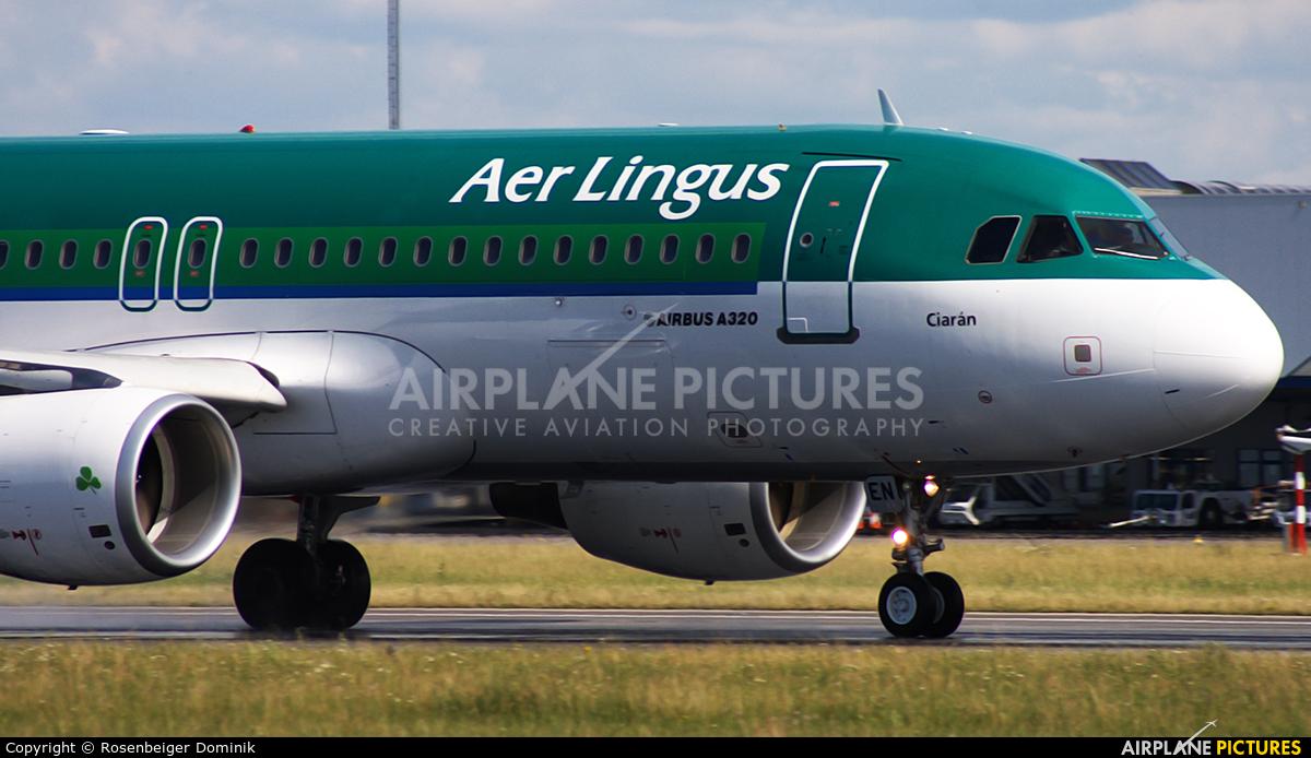 Aer Lingus EI-DEN aircraft at Prague - Václav Havel