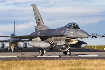 15105 - Portugal - Air Force Lockheed Martin F-16AM Fighting Falcon