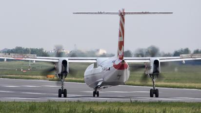 SP-EQK - LOT - Polish Airlines de Havilland Canada DHC-8-400Q / Bombardier Q400