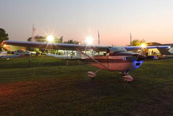 LV-JCD - Private Cessna 182 Skylane (all models except RG)