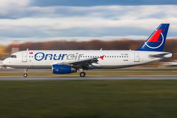 TC-OBO - Onur Air Airbus A320