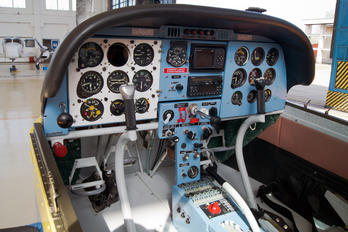 YR-ZCM - Romanian Airclub Zlín Aircraft Z-142