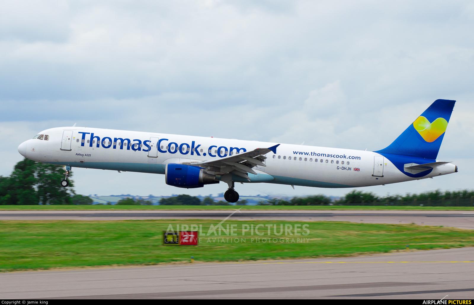 Thomas Cook G-DHJH aircraft at East Midlands