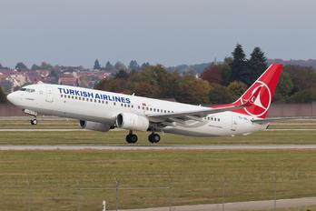 TC-JGL - Turkish Airlines Boeing 737-800