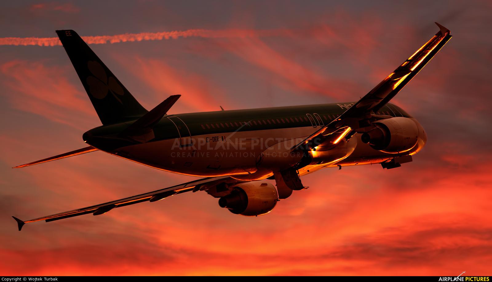 Aer Lingus EI-DEE aircraft at Dublin
