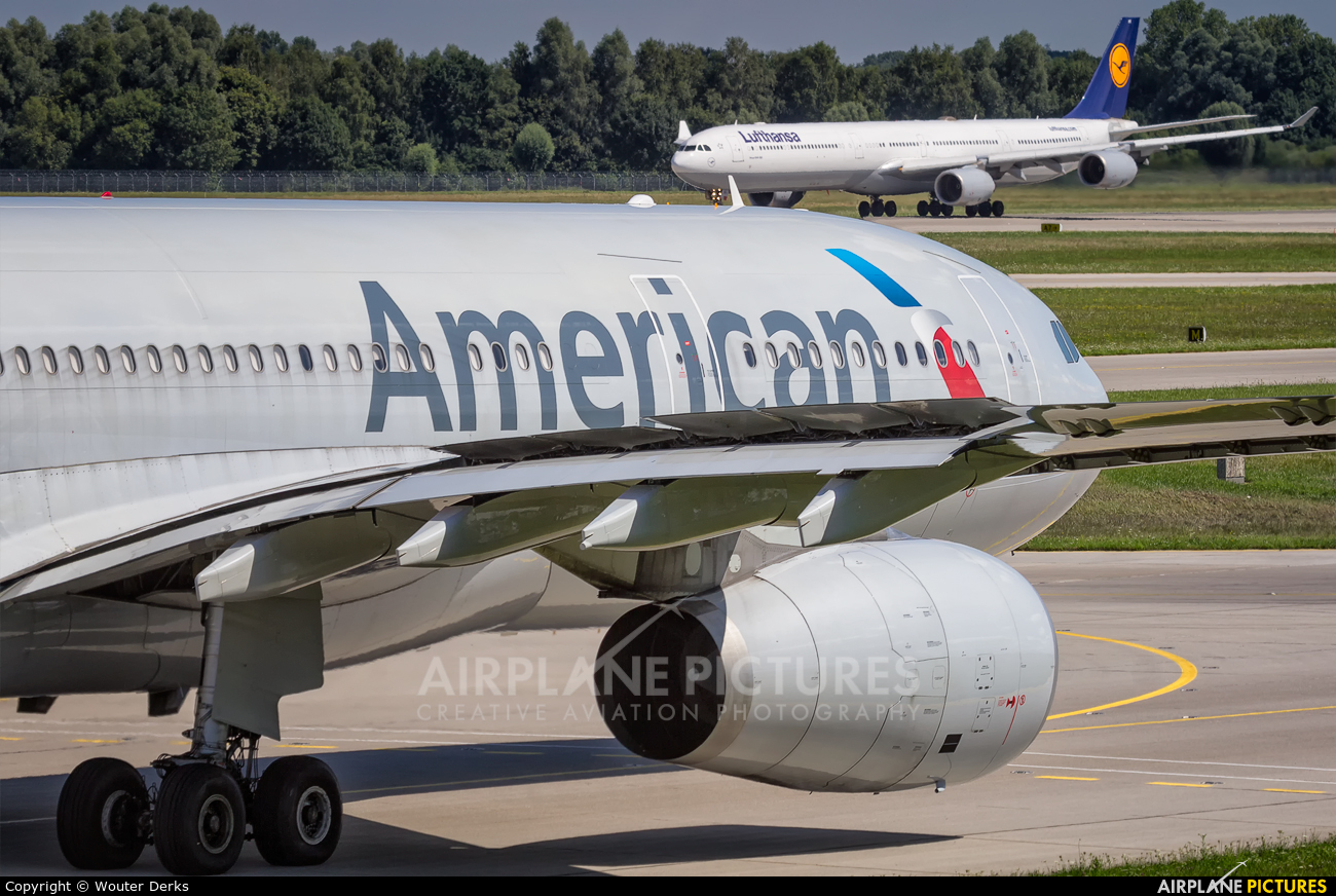 American Airlines N289AY aircraft at Munich